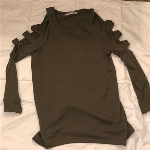 Cut out sleeve Impressions sweater